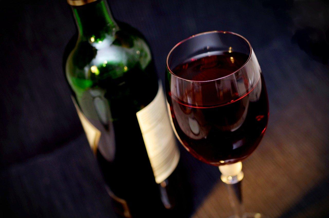 Degustazione di vini nelle antiche prigioni del castello